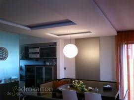 SDK panel v obývacím pokoji, Nový Jičín; (DSC_0026.JPG)